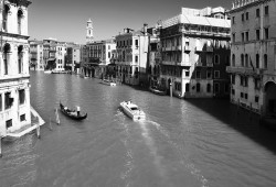 Venice Canal (0882)