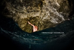 Deep Water Soloing (DSE_4810)